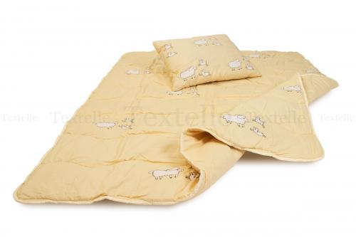Lampaanvilla tyyny